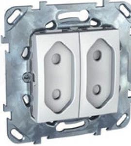 Розетка 10 А со шторками 2-модульная