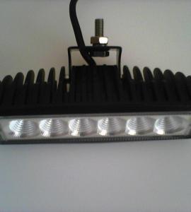 Автомобильный прожектор 18-STP 18W
